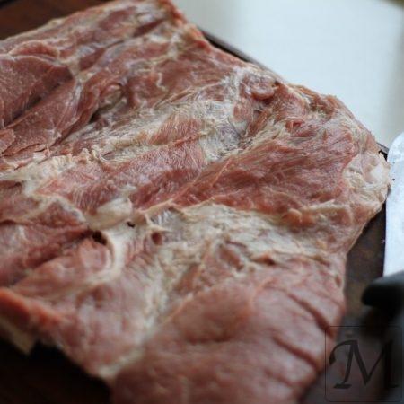 nakkefilet opskåret til porchetta