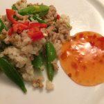 Thaikrydret svinekød med chilisovs
