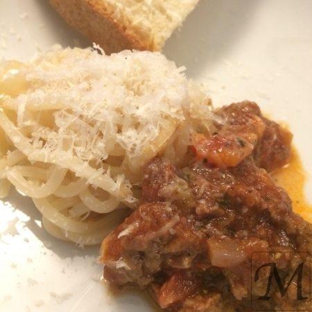 spaghetti kødsauce parmasan