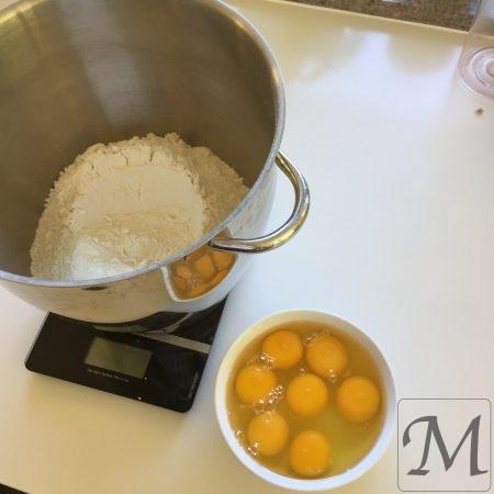 Tipo 00 og æg til hjemmelavet pasta