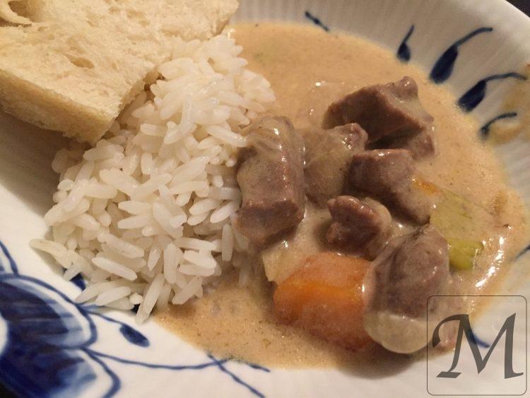 blanquette veau kalvekød i lys sauce