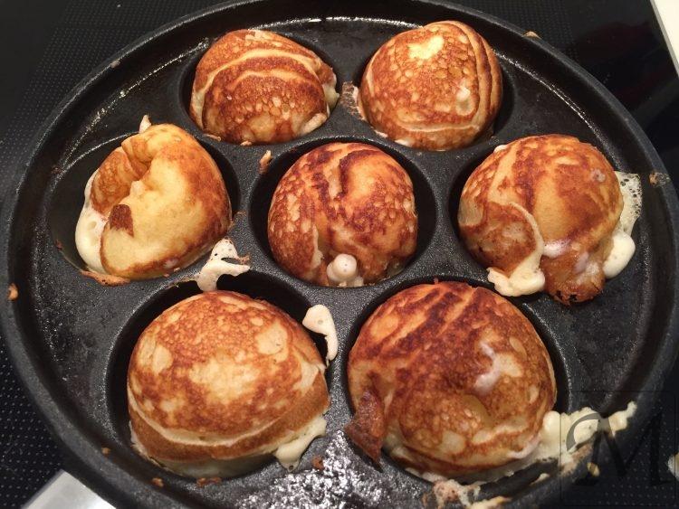 Æbleskiver runde og færdige