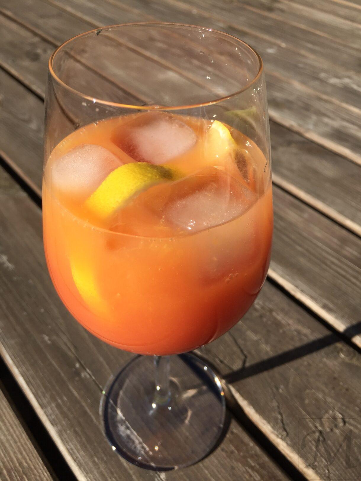 drink Campari med appelsinjuice