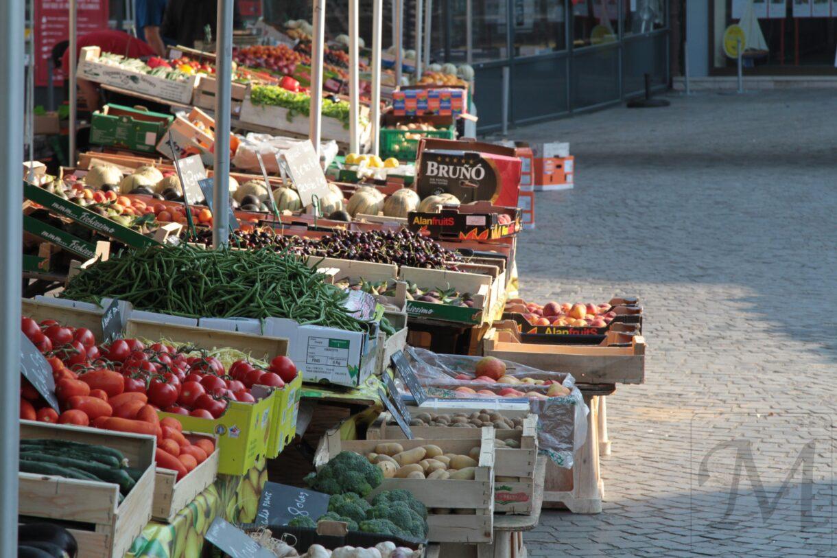 fransk marked friske grøntsager